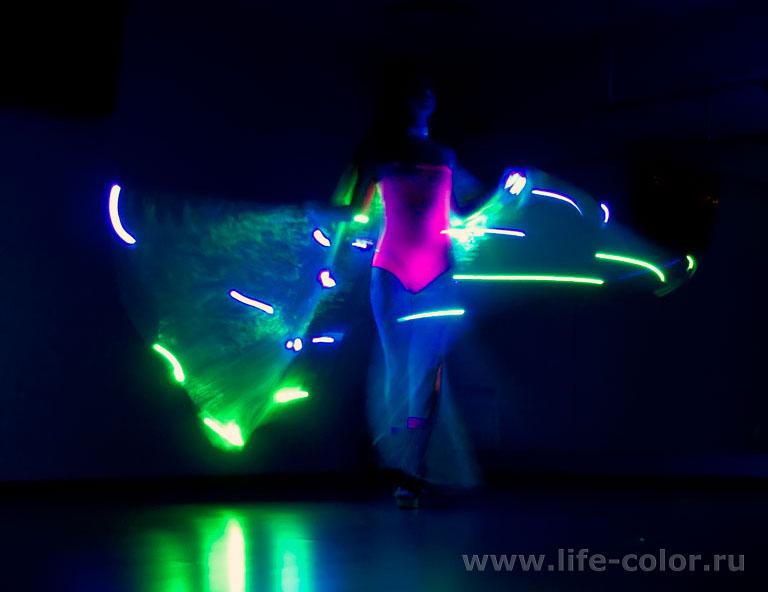 Светящиеся костюмы своими руками 111